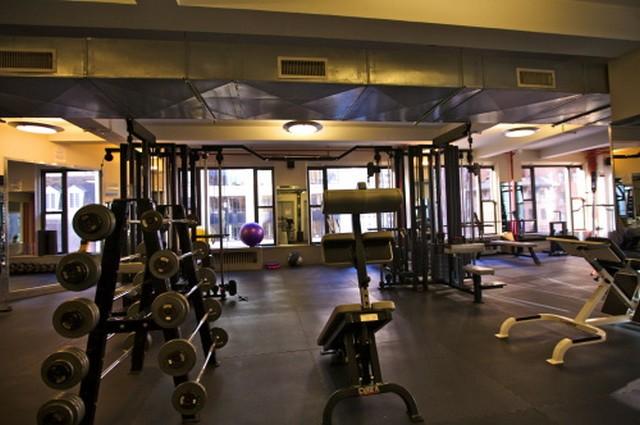 Personal Training Gym Midtown East Phyt NYC by Jonas Serrano 4
