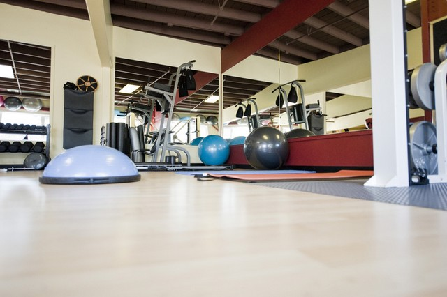 Personal Training Gym Santa Cruz Santa Cruz Core Fitness + Rehab 2