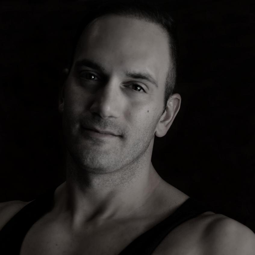 Dennis Nikolaou