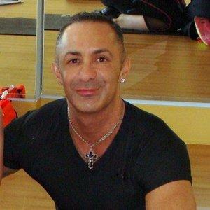 Trainer Raven Flores profile picture