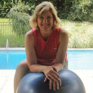 Trainer Beth Robbins profile picture