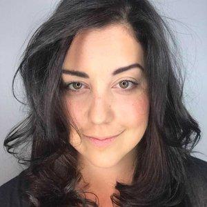 Trainer Julia Bassiri profile picture