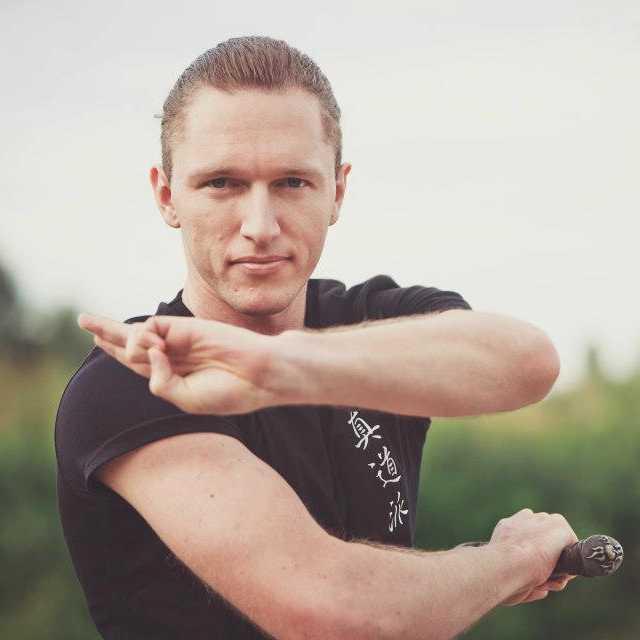Personal Trainer Vitalii Lishchyna 3