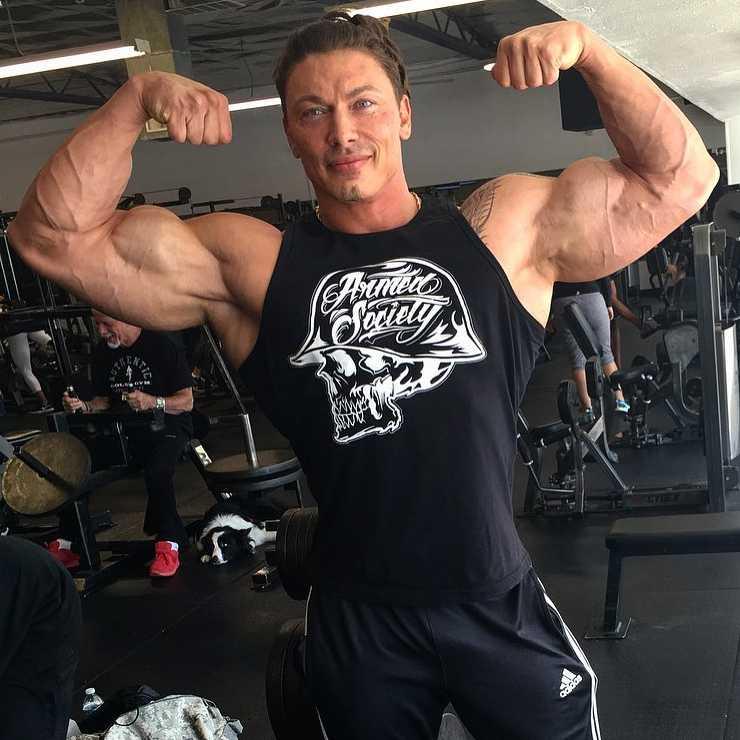 Personal Trainer Denis Sergovskiy 1