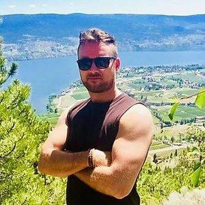 Trainer Evan Johnson profile picture