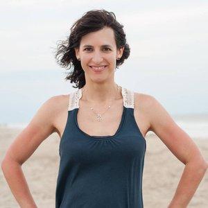 Trainer Jen Cameron profile picture