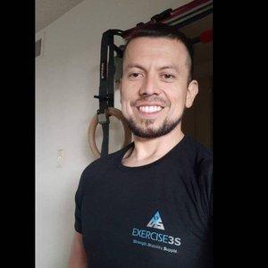 Trainer Elvis Arevalo profile picture