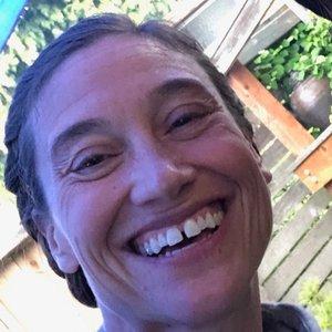 Trainer Lauren Douglas profile picture