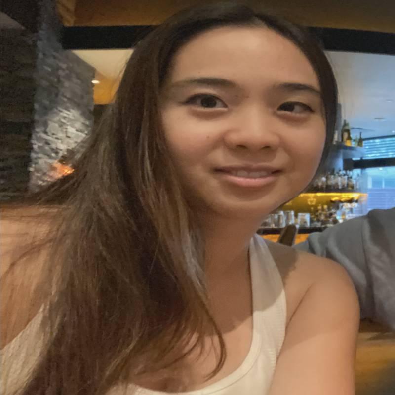 Trainer Michelle Tran profile picture
